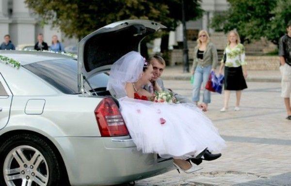 прикольная свадьба в багажнике