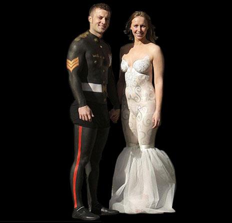 прикольная свадьба риосванные жених и невеста