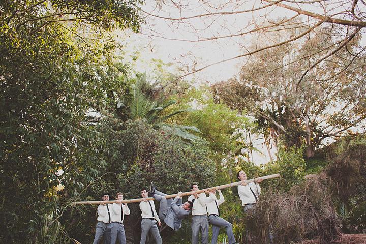 веселове необычное фото с друзьями жениха