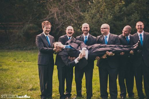 креативное фото с друзьями жениха