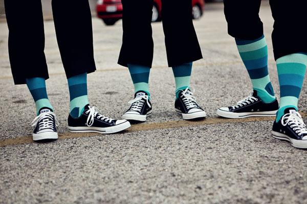 фото с друзьями жениха носки