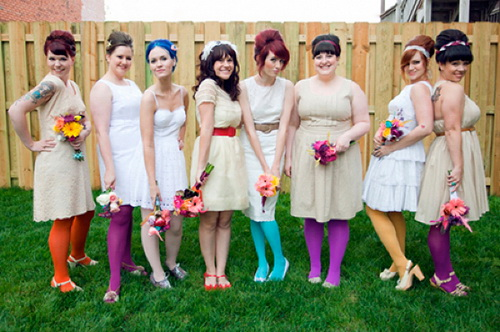 идеи фото с подружками невесты: чулки
