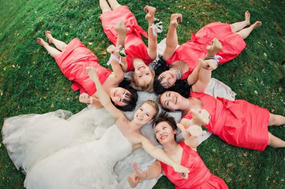 идеи фото сверху с подружками невесты