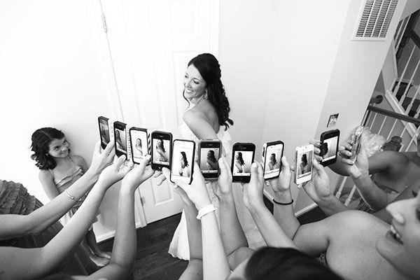 креативная идея фото с подружками невесты