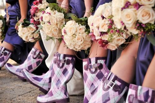 идеи фото с подружками невесты: сапоги
