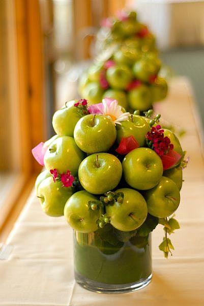 свадьба в стиле яблоки: композиции на столы