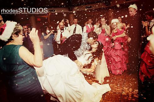 оригинальный свадебный танец: снег
