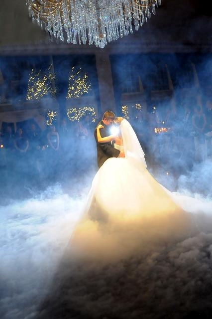 оригинальный свадебный танец: дым