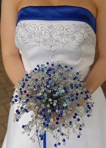 необычный свадебный букет: бисер