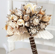 необычный свадебный букет: ракушки