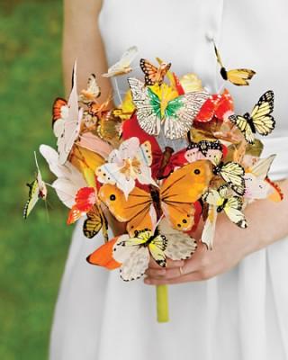 необычный свадебный букет: бабочки