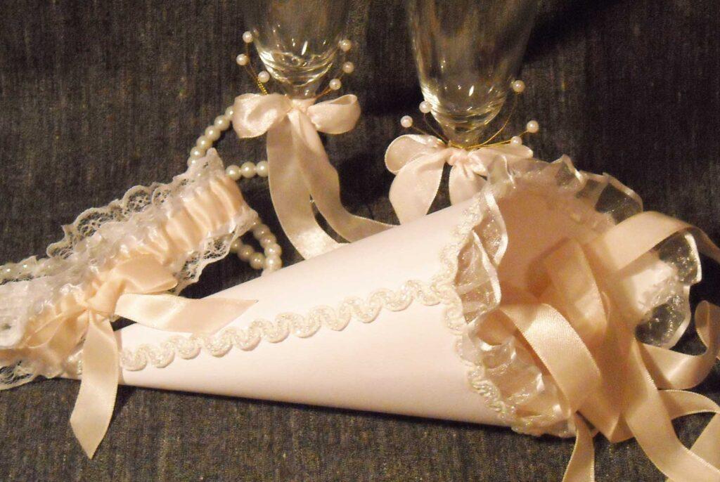 кулечек для лепестков роз, кулечки для лепестков роз своими руками, кулечки на свадьбу, кулечки своими руками на свадьбу, свадьба своими руками, когда применяют свадебные кулечки для роз, оформить свадьбу своими руками, декор свадьбы своими руками, декор на свадьбу, свадьба самостоятельно, оформление свадьбы своими руками недорого, оформление свадьбы, оформление на свадьбу своими руками идеи, оформление на свадьбу своими руками, идеи на свадьбу, DIY wedding свадьба hand-made